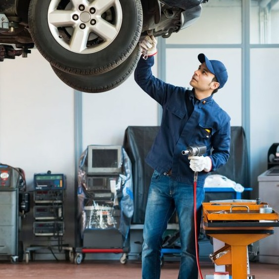 Auto Inspections and Repairs for any make or model, located in Chicago - MilitosAutoRepair.com
