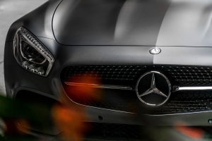 Mercedes Service and Repair Mechanics in Chicago - Milito's Auto Repair 60614