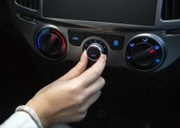Sings Your Car's Air Conditioning Needs Freon with Tips from Experts at Milito's Auto Repair of Lincoln Park Chicago 60614
