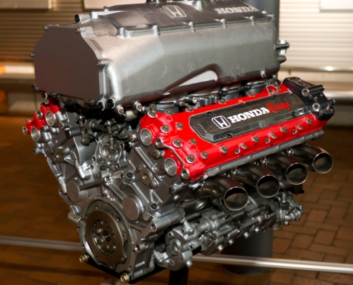 Honda Engines Repaired and Serviced by the Experts at Milito's Auto Repair in Lincoln Park Chicago, IL 60614