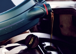 Experts Explain Why Buying the Best Motor Oil Makes a Difference at Milito's Auto Repair of Lincoln Park Chicago 60614