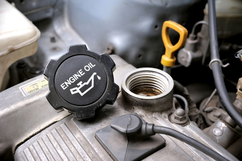 Milito's Expert Mechanics Explain Why You Should Use Synthetic Motor Oil - Milito's Auto Repair Chicago 60614